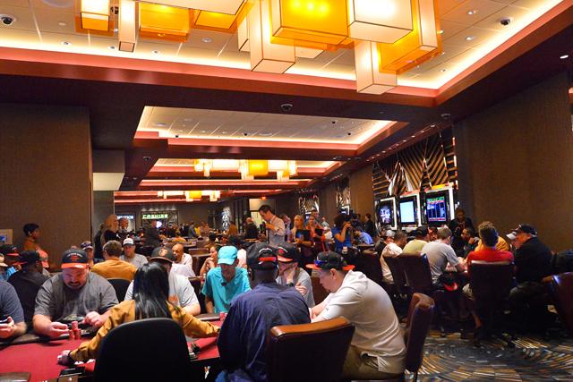 Poker room73873